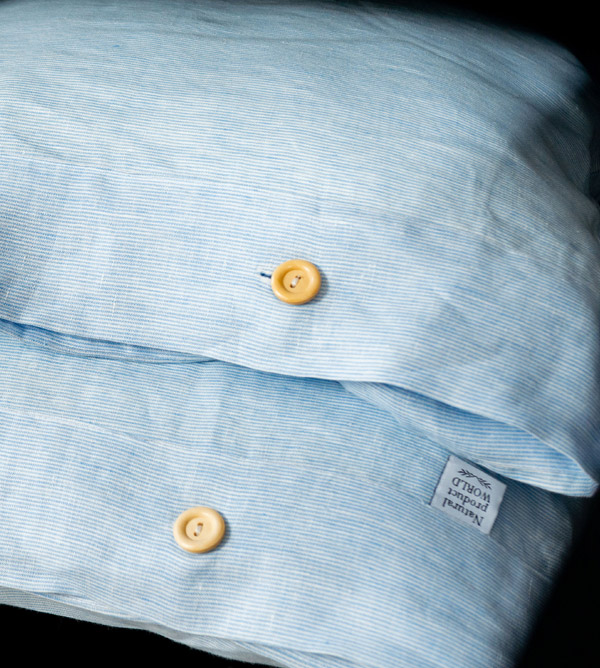natural pillowcase white blue