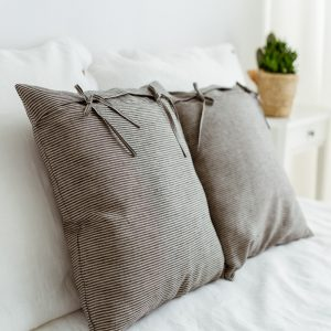 Pillowcase nature black with bows